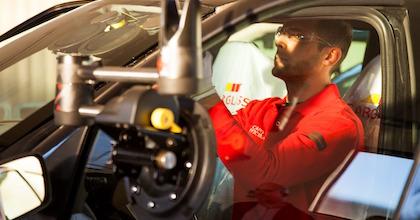 Una corretta manutenzione del parabrezza concorre alla sicurezza stradale