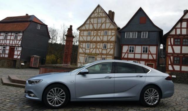 nuova Opel Insignia Grand Sport 2017 Germania