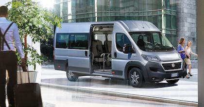 Uno spiraglio sull'interno del Nuovo Fiat Ducato Minibus