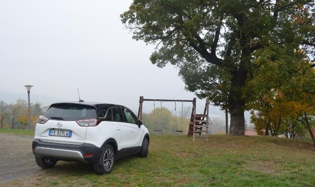 Opel Crossland X retro