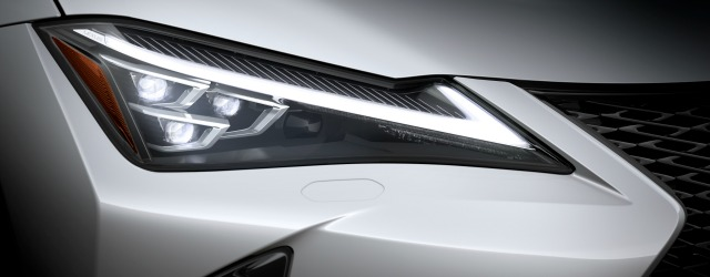 prezzi nuova Lexus UX