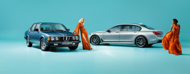 La prima e l'ultima generazione: a destra, la nuova BMW Serie 7
