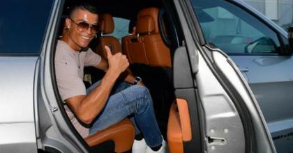 Ronaldo jeep Grand Cherokee