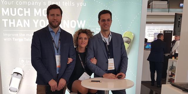 La rappresentanza di Targa Telematics più un componente dell'organizzazione al Fleet Europe Summit 2017