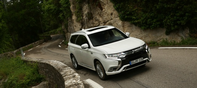 test drive nuova Mitsubishi Outlander Phev 2019