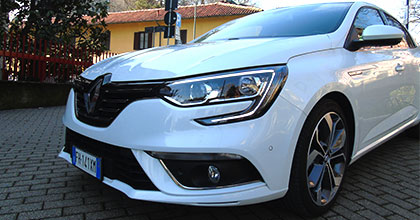 test drive renault megane grand coupe