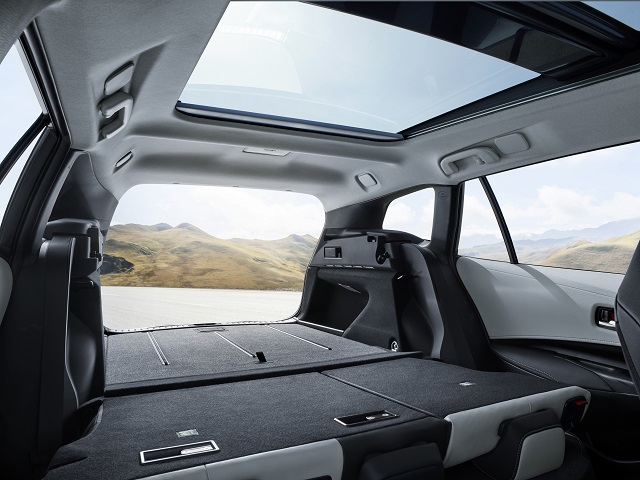 Bagagliaio di nuova Toyota Corolla Touring Sports