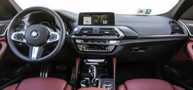 Interni nuova BMW X4