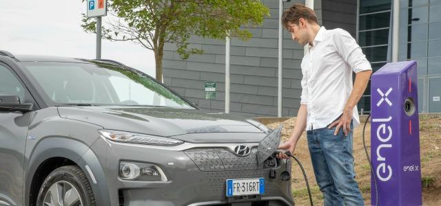 Ricarica auto elettrica Enel