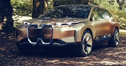 Suv elettrico BMW iNext 2021