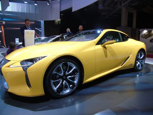 lexus lc yellow edition al salone di parigi 2018