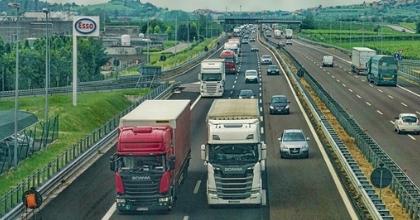 Conformità delle ore di viaggio dei driver, per le aziende di trasporto europee