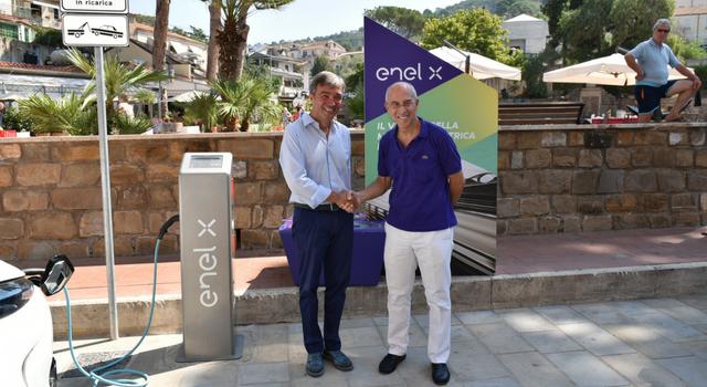 Enel X e Castellabate, nuove colonnine di ricarica per veicoli elettrici