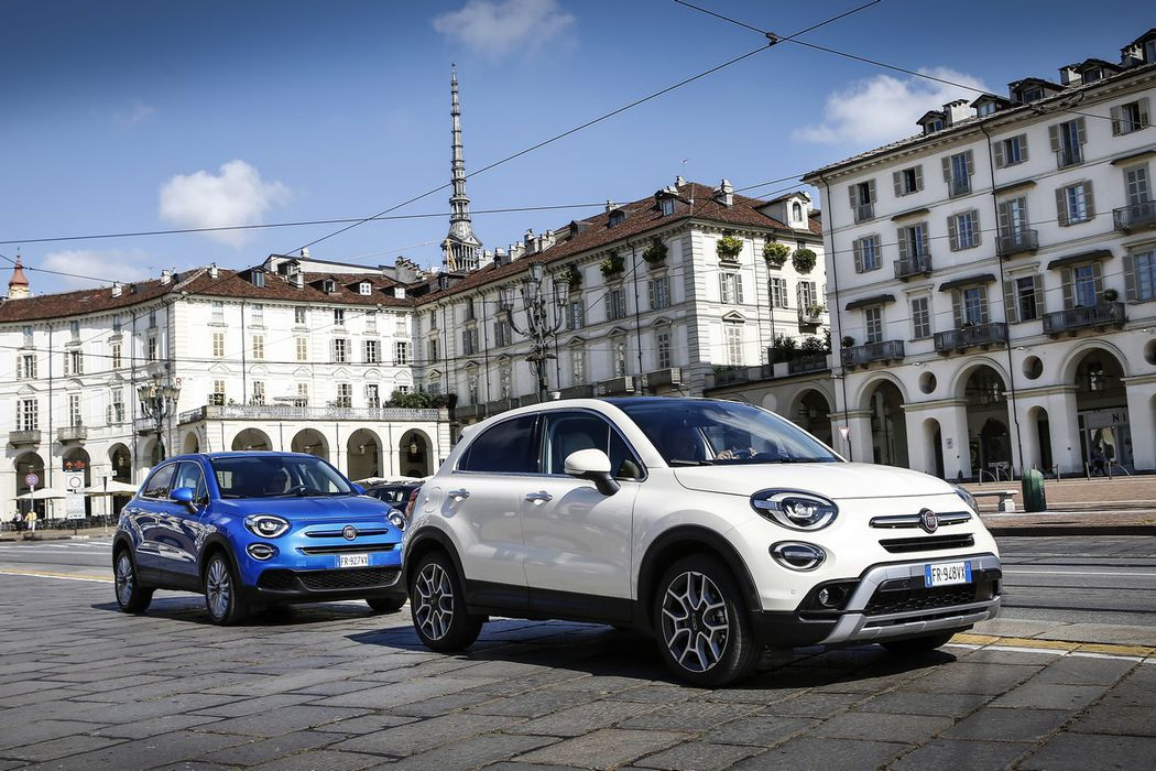 nuova fiat 500x 2019 primo contatto con il restyling. Black Bedroom Furniture Sets. Home Design Ideas
