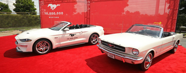 Ford Mustang compie 54 anni