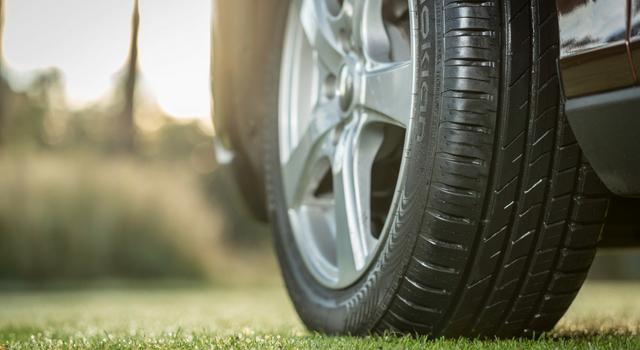una guida più confortevole grazie alla corretta manutenzione degli pneumatici