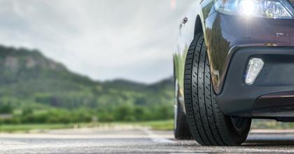 Guida sicura, controllo periodico degli pneumatici