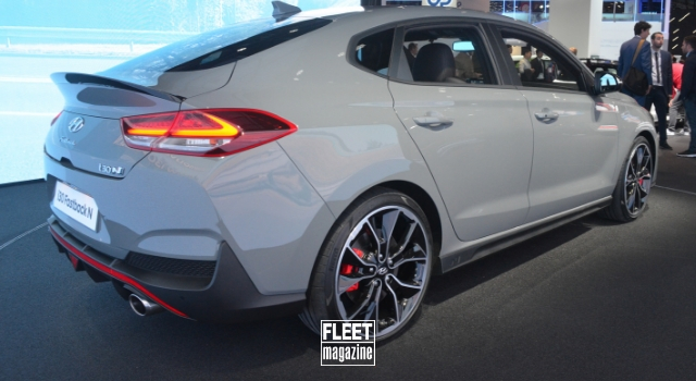 Hyundai i30 Fastback N in anteprima al Salone dell'Automobile di Parigi 2018