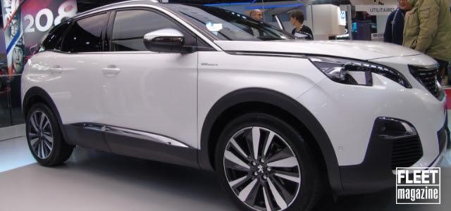 Peugeot 3008 Hybrid al Salone di Parigi 2018