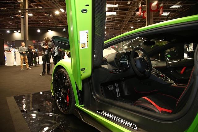 Abitacolo di Lamborghini Aventador SVJ al Salone di Parigi 2018
