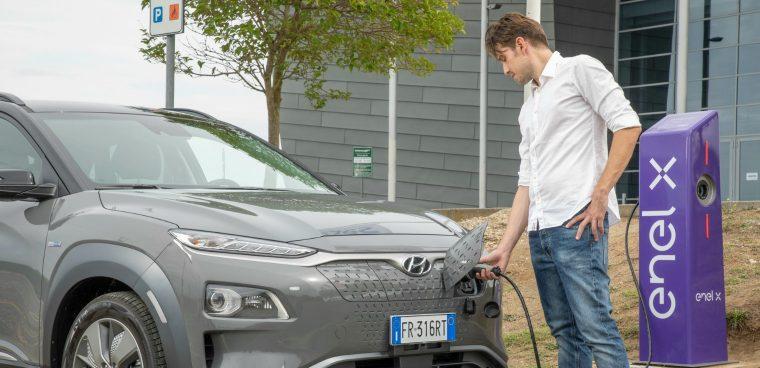 Auto elettrica strategie Enel X