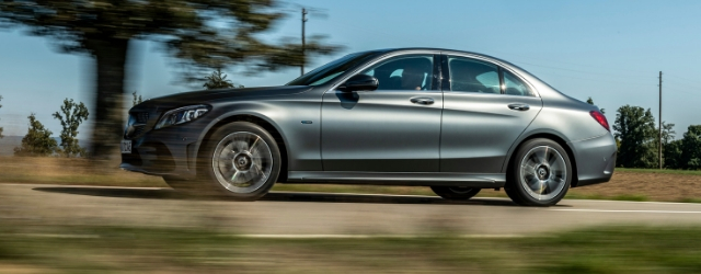 Auto ibride plug-in Mercedes-Benz Classe C berlina
