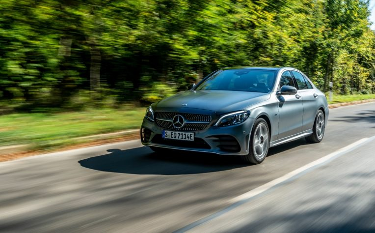 Auto ibride plug-in Mercedes-Benz Classe C berlina