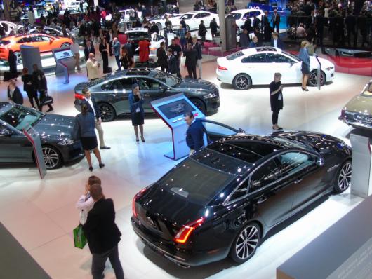 Jaguar Land Rover Salone di Parigi 2018