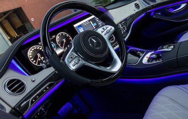 Guida autonoma su Mercedes Classe S
