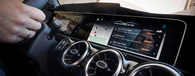 Sistema multimediale MBUX Mercedes-Benz intelligenza artificiale