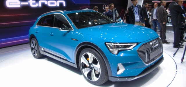 Audi e-Tron in anteprima al Salone di Parigi 2018