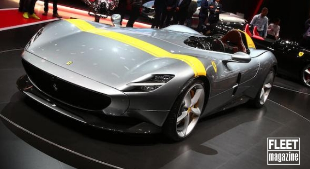 Ferrari Monza SP1 al Salone di Parigi 2018