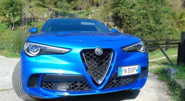Nuova Alfa Romeo Stelvio Quadrifoglio scudo