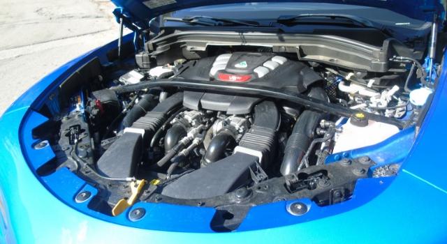 Nuova Alfa Romeo Stelvio Quadrifoglio motore da 510 CV