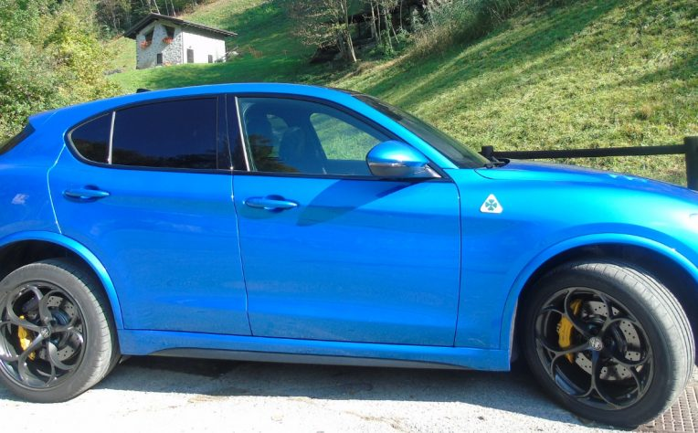Nuova Alfa Romeo Stelvio Quadrifoglio prova su strada