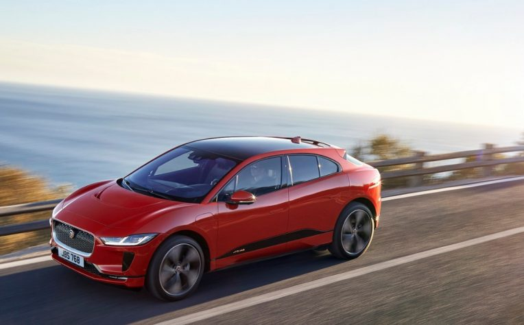 Nuova Jaguar I-Pace premio car of the year 2019