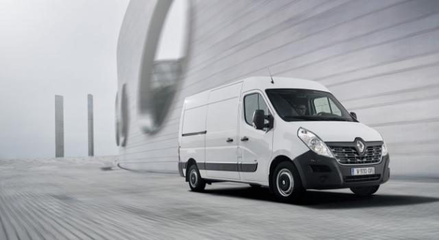 Nuovo Renault Master Z.E. 2019 su strada