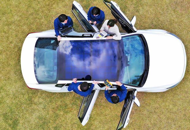 Tetto solare auto ibride Hyundai