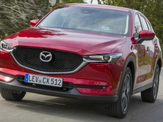 quanto costa noleggiare Mazda CX-5