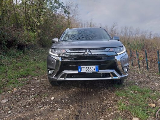 test drive mitsubishi outlander phev 2019