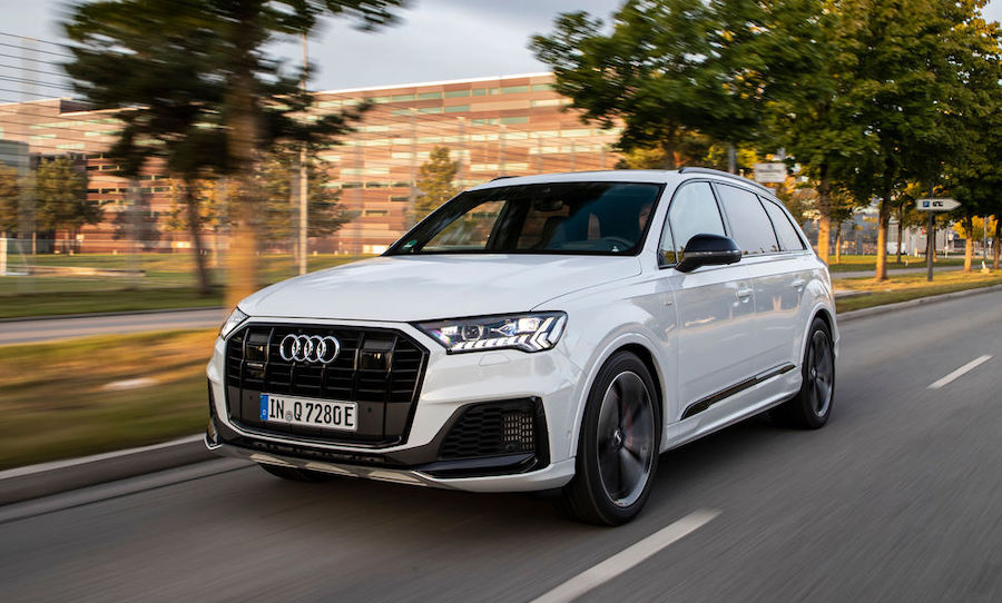 Audi Q7 TFSI e ibrida plug-in 2021