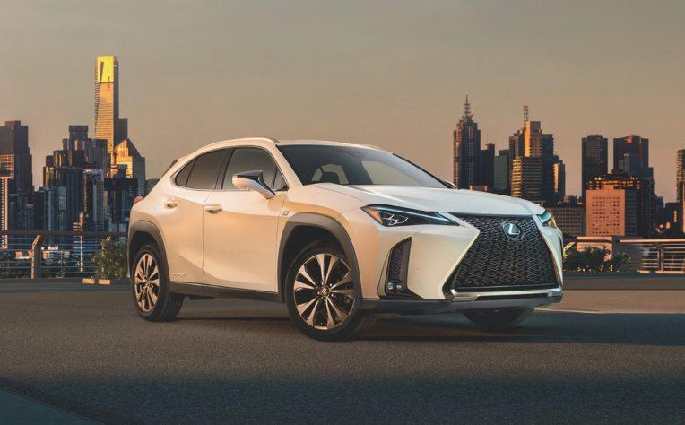 Nuova Lexus UX Hybrid crossover