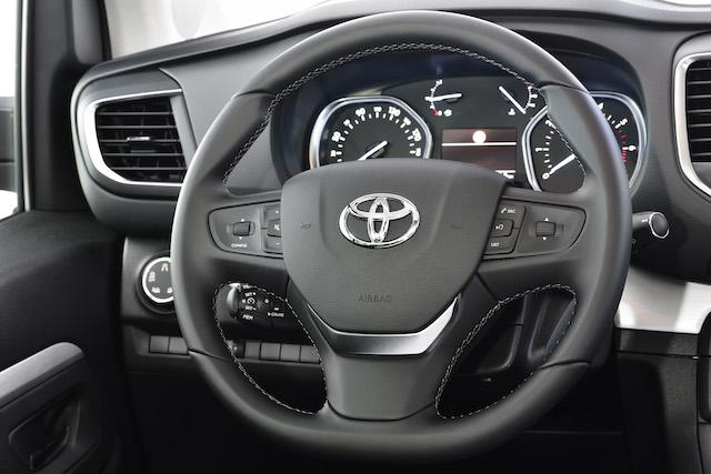 Versioni di Toyota Proace Verso