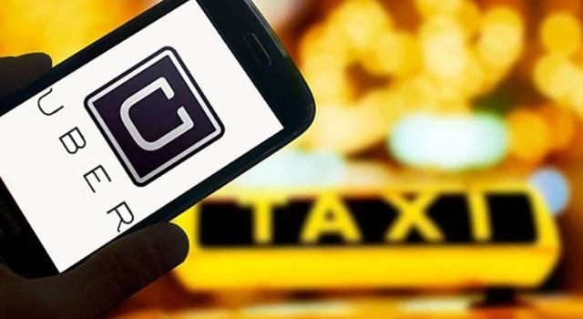 A Torino arrivail nuovo servizio di Uber Taxi: ecco l'app