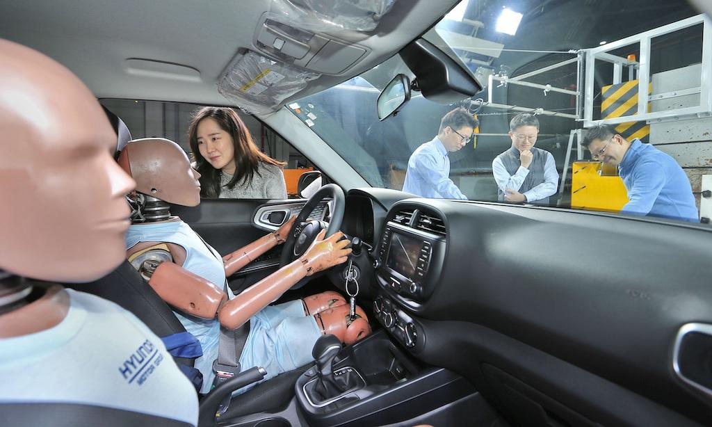 Airbag Hyundai collisione multipla