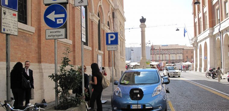auto elettriche nei centri storici