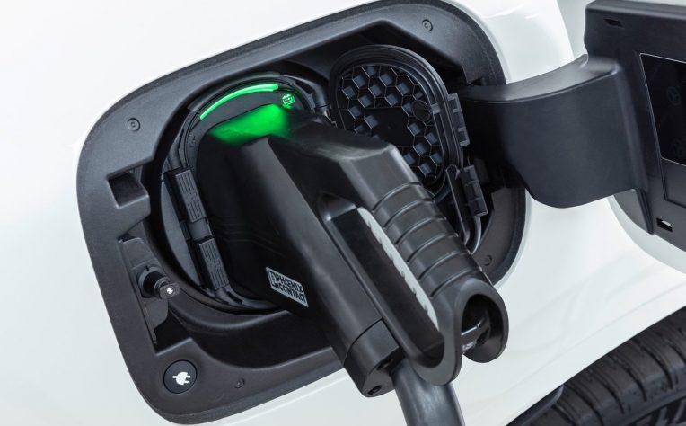 Valori residui auto elettriche e ibride