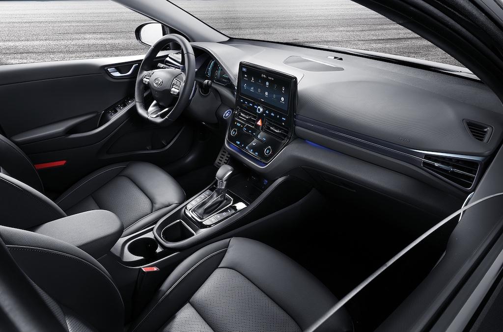 Interni di Hyundai Ioniq 2019
