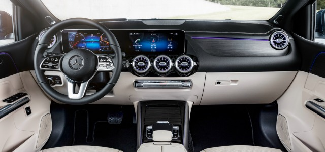 Interni nuova Mercedes Classe B