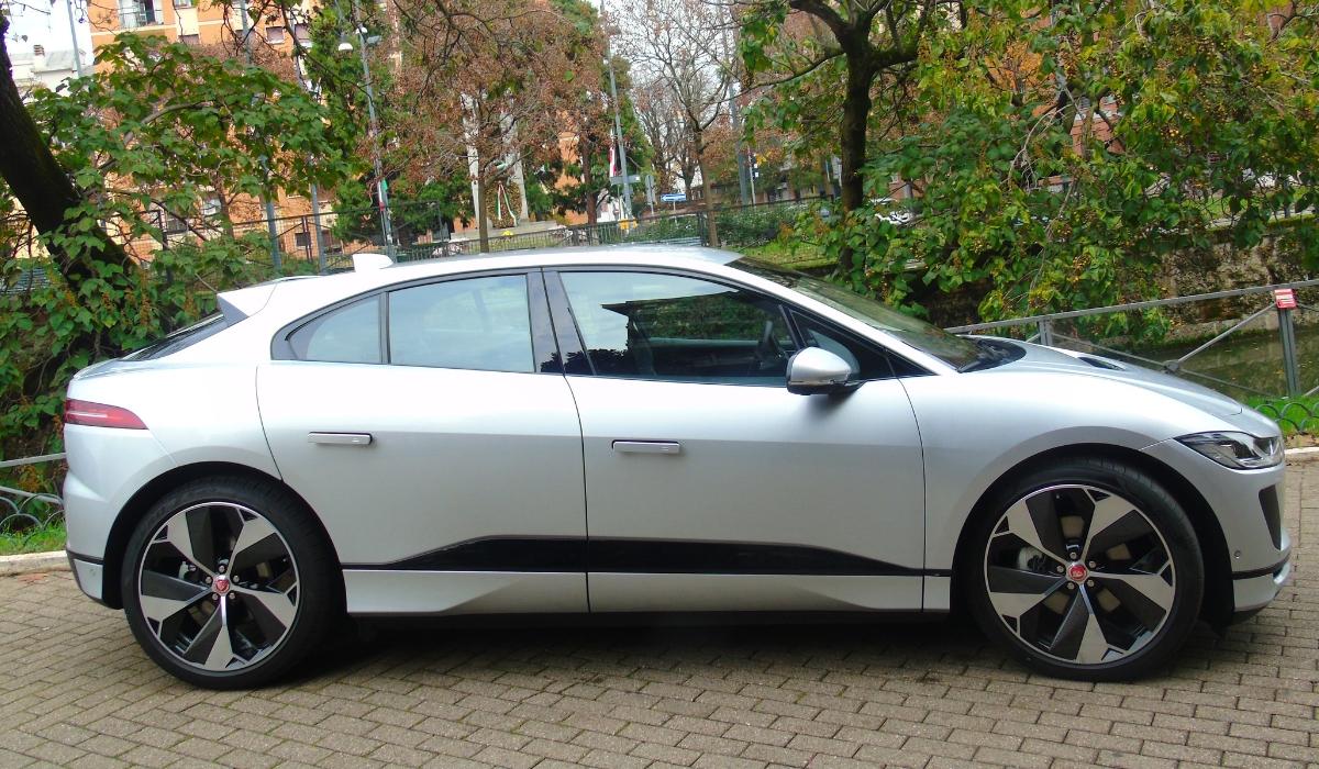 Nuova Jaguar I-Pace suv elettrico